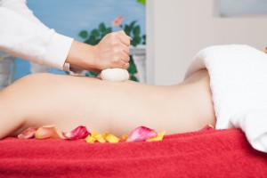 Intensive Hautstraffungskur für Bauch, Po, Beine